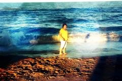 mag-at-beach
